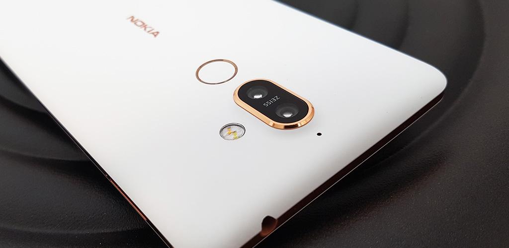 Mobil Nokia 7 Plus - spolehlivá kráska co vydrží
