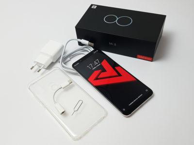 Obsah balení mobilního telefonu Xiaomi Mi 8