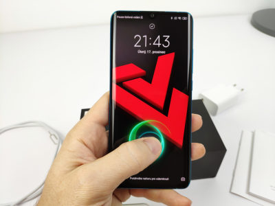 Xiaomi Mi Note 10 - čtečka otisků v displeji