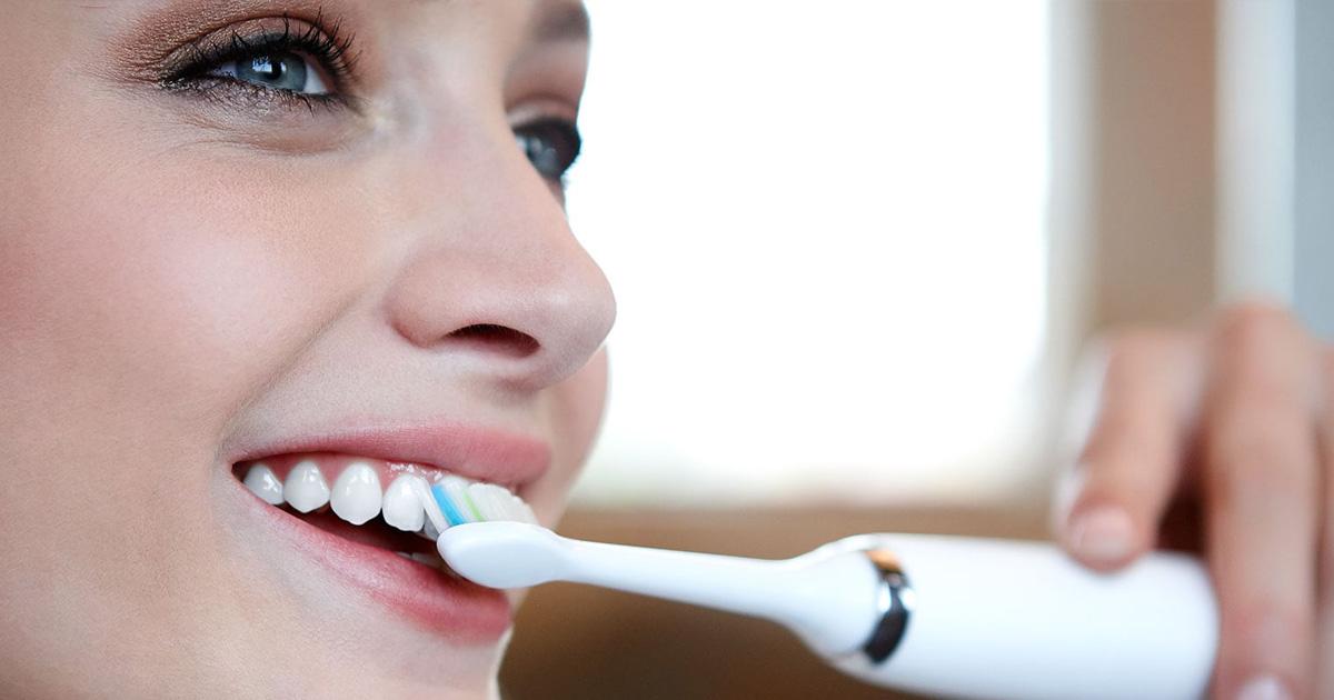 Nejlepší elektrický zubní kartáček od 1500 do 3500 Kč – 2020